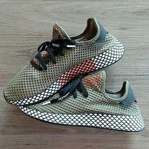 Adidas Deerupt Green Mesh Breathable Athletic Shoe